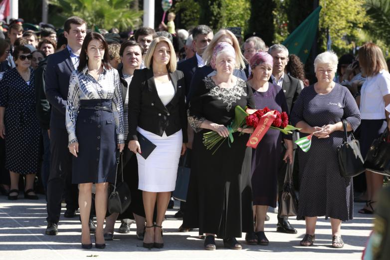 Абхазия отметила 26 годовщину Победы и Независимости