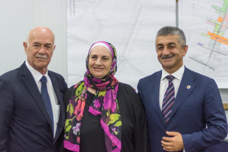 Родители Ануара Чкуа – Наиф Чкуа и Фриаль Зандаки с председателем ВС ВААК Муссой Экзековым во время визита делегации ВААК в Иорданию