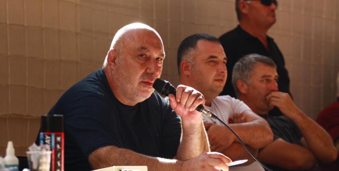 Это уже восьмой турнир на кубок председателя ВС ВААК Муссы Экзекова. За все эти годы турнир стал одним из наиболее авторитетных соревнований по вольной борьбе в Абхазии.