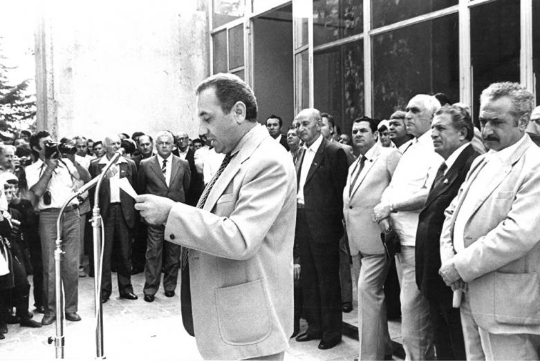Энвер Капба во время выступления на Всесоюзном референдуме о сохранении СССР, 17 марта 1991 года