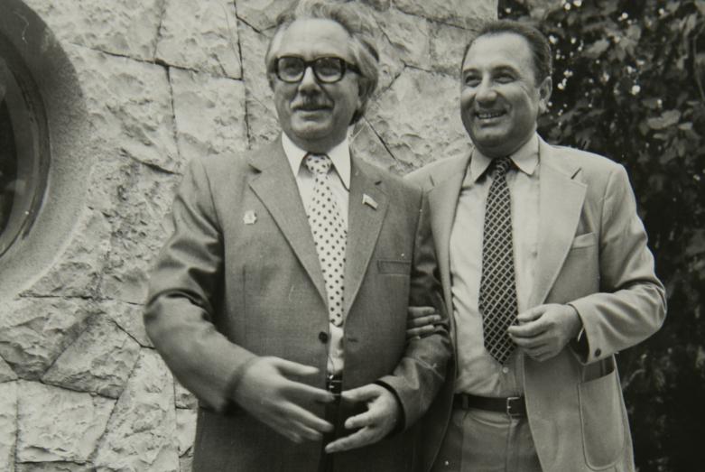 Энвер Капба с братом Вианором