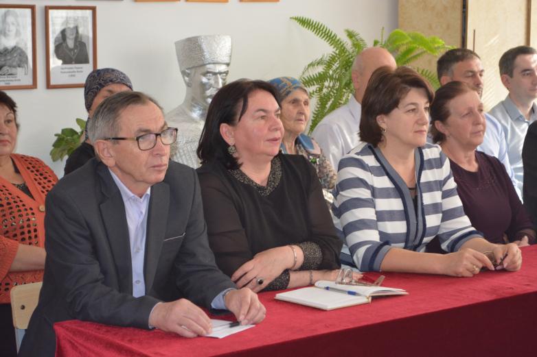 Четвертый фестиваль абазинского языка и литературы начался в Карачаево-Черкесии.