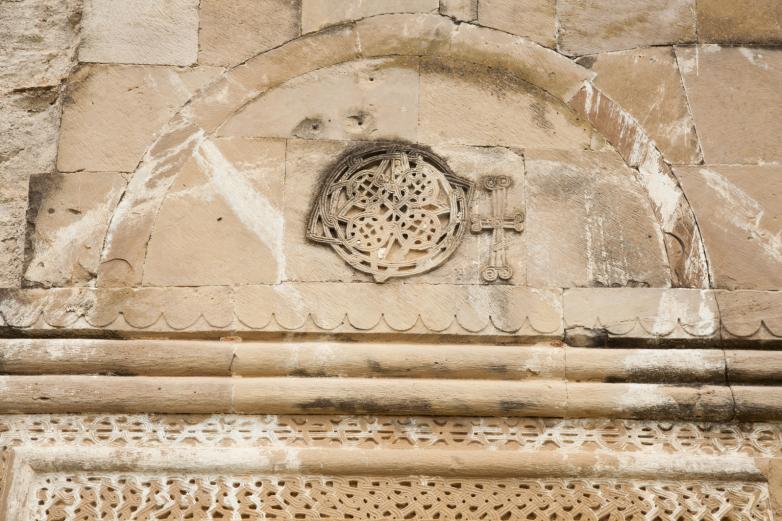 Tapınağın dış cephesinin mimari detayı, Bedia