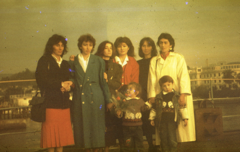 Ҭали Џьапуаԥҳа, Марина Барцыц, Анна Сангәлиа, Леила Ҭаниа, Марҭа Џьонуа, Сима Дбар, Цира Габниа, Дамеи Џьонуа, Аҟәа, 1990-тәи ашықәсқәа