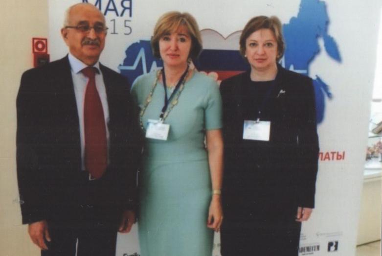Заудин Хунов в числе делегатов Внеочередного съезда «Национальная медицинская палата», Москва, 2015 год
