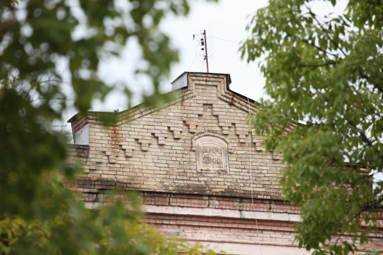 Фасад жилого дома, Сухум, 2020 год