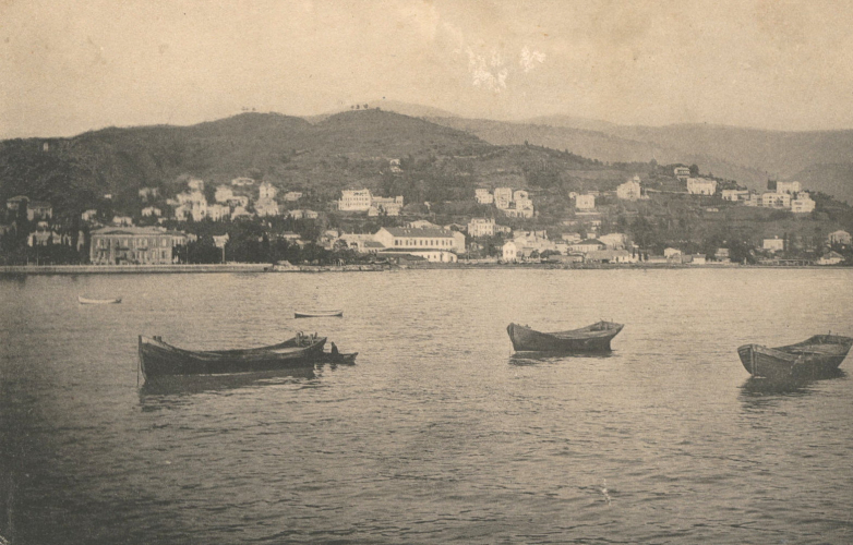 View of Mount Chernyavsky, Sukhum, photo of the early 20th century