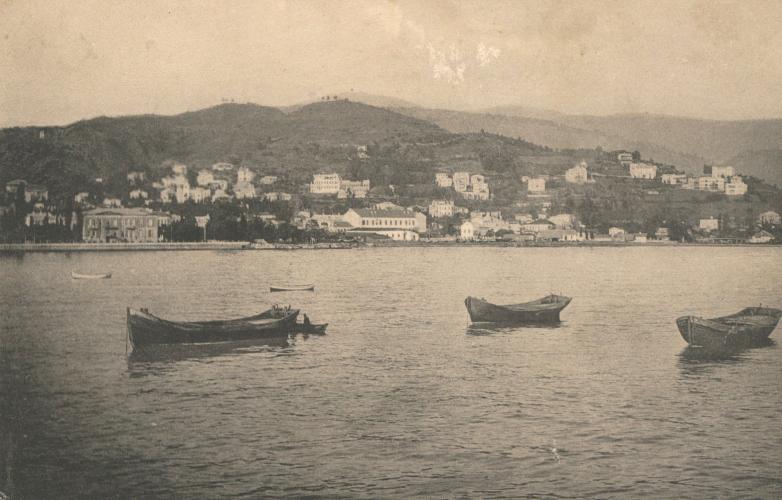 Вид на гору Чернявского, Сухум, фото начала ХХ века