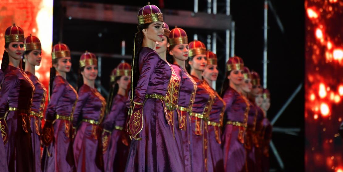 Государственный академический ансамбль народного танца Адыгеи «Нальмэс»