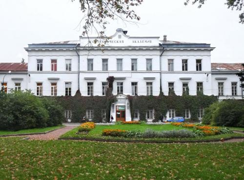 Абитуриенты из Абхазии и Турции уже могут подавать документы в СПбГЛТУ