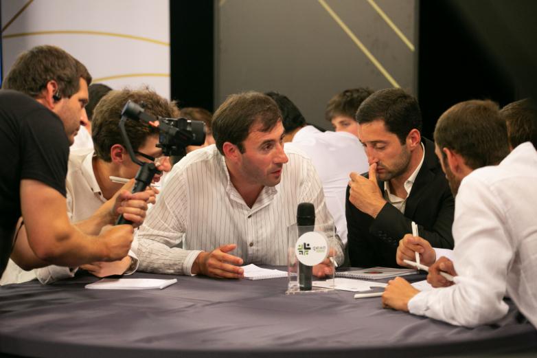 ياربان؟يابا؟ يانبا؟ : ملخص، حول قيام المؤتمر العالمي لشعب الاباظة تنظيم مسابقة فريدة من نوعها