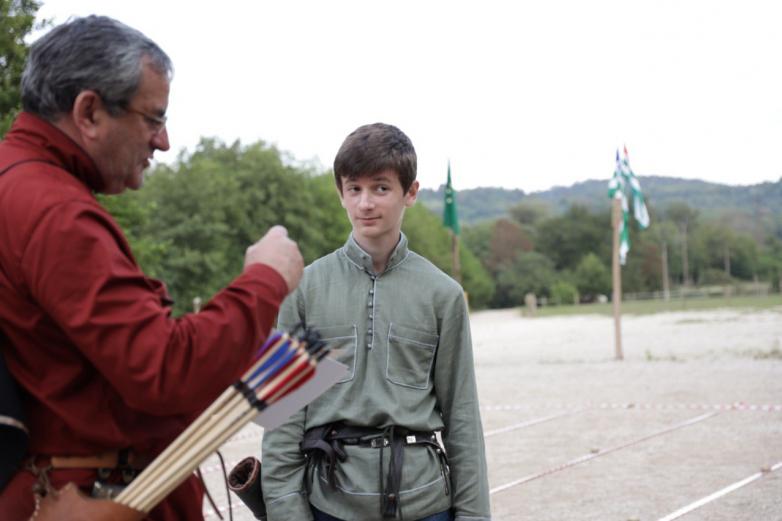 Турнир лучников прошел в этнопарке «Апсны»