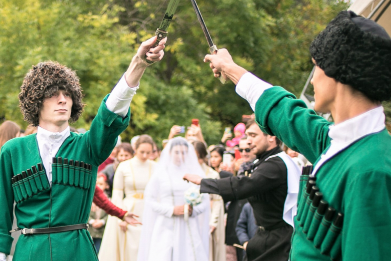 The improvisation of the Abkhaz wedding was memorable and spectacular. The bride was «brought into the house» according to all traditions and customs