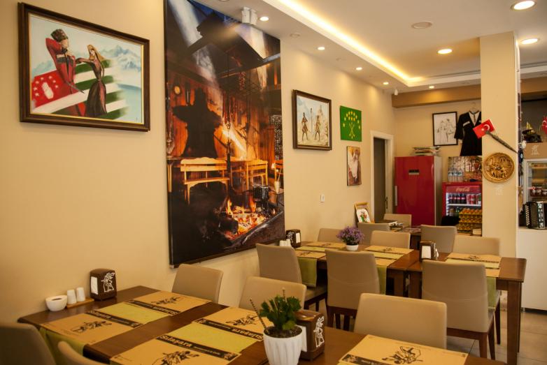 Интерьер ресторана «Сылашара»