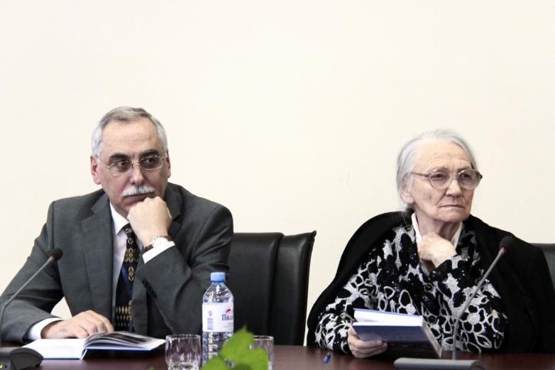 Петр Чекалов и его научный руководитель профессор Людмила Егорова