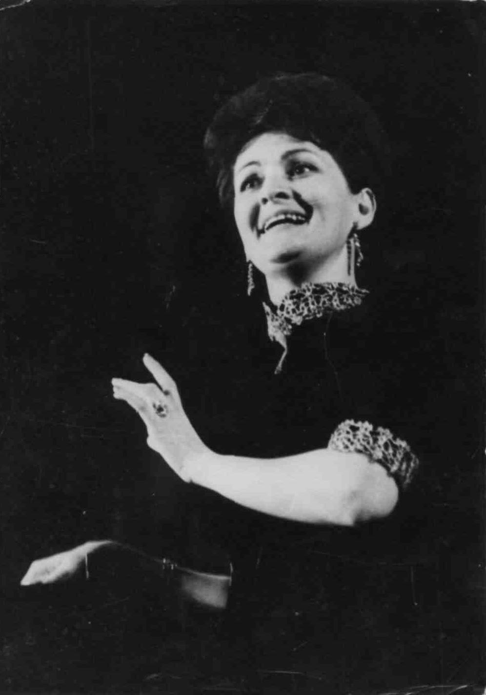 Yelena Yakovlevanın biyografisi: interdevochkiden seere 80